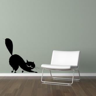 Protahující se kočka
